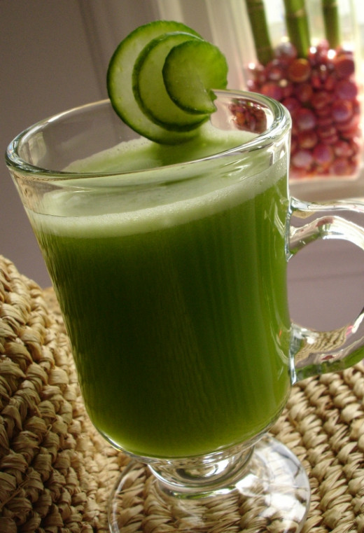 Cucumber, celery and apple juice Cucumber, celery & apple juice