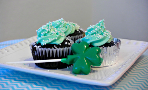 I edited this photo through Picasa.  I used some fabric I had to complement the color of the cupcakes.