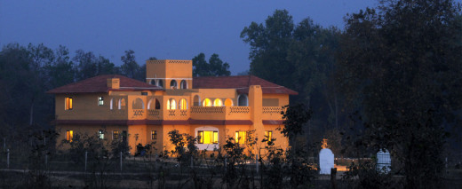 Courtyard Hose Resort Kanha