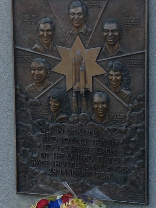 GRAVESITE MEMORIALIZING THE CREW OF THE SPACE SHUTTLE CHALLENGER WHICH WAS LOST ON RE-ENTRY