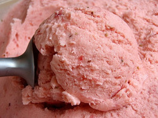 Homemade ice creams are some easy desserts to make for guests.