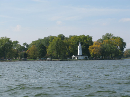 Lake Winnebago and the Neenah Lighthouse.