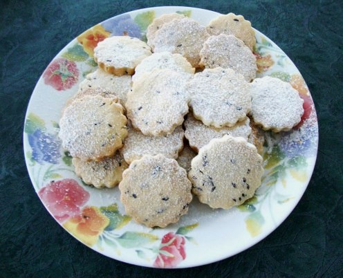 Image: Lavender Shortbread Dusted With Icing Sugar