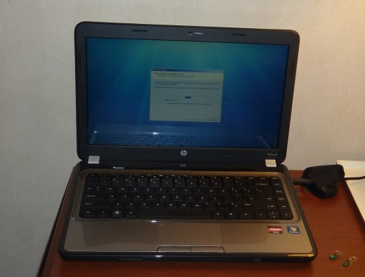 I miss this laptop, which never woke up from a fall at LAX.