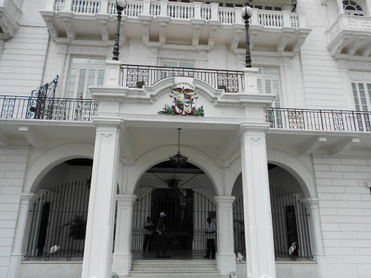 Yes, this is the actual residence of the President of Panama...the White House, if you will.