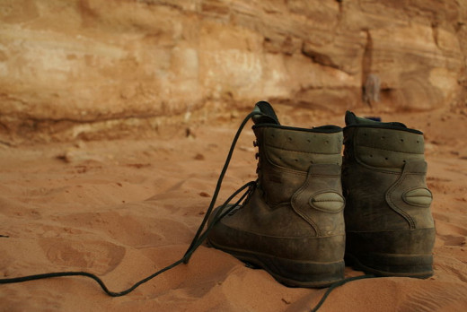 Hiking Boots to Let Flat-Feet Men Enjoy the Outdoors
