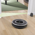 Roomba 780 Versus 880 - How Does the Next Gen Compare?