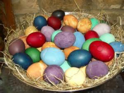 Bear N Mom Recipes - Natural Coloring for Easter Eggs