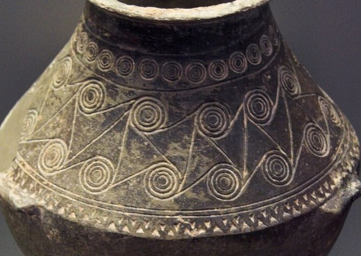 Spirals are shown on this ancient Greek pottery.