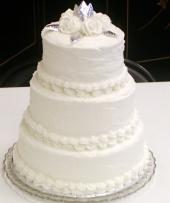 The Wedding Cake Topper: A Personal and Artistic Choice