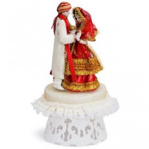 indian wedding cake toppers bride and groom uk the wedding cake topper a personal and artistic choice 16425