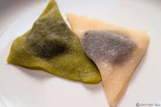 Green tea and red bean yatsuhashi