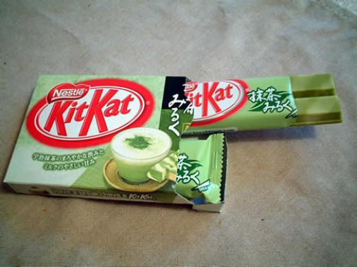 Green tea flavoured Kit Kats