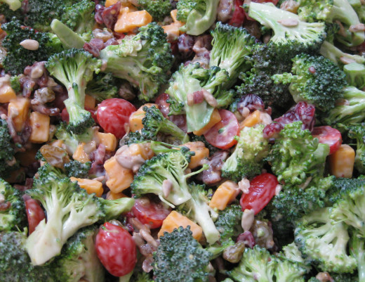 Kroger had so nice looking broccoli that was on sale for 99cents a pound so I went crazy and brought 10 pounds I figured I could use most of it tomorrow but today I decided to make me and the family a light but tasty broccoli salad.