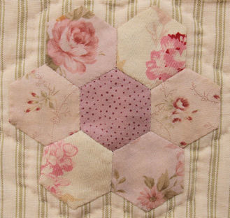 sample block from Kiss of the Sun block of the month quilt
