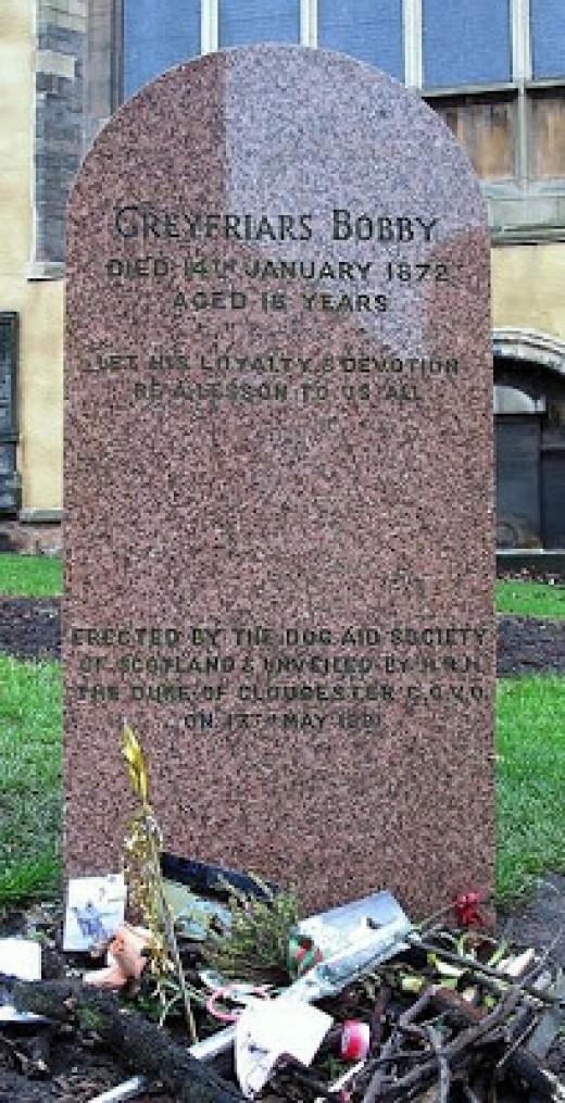 Grave marker in Edinburgh for GreyFriar's Bobby