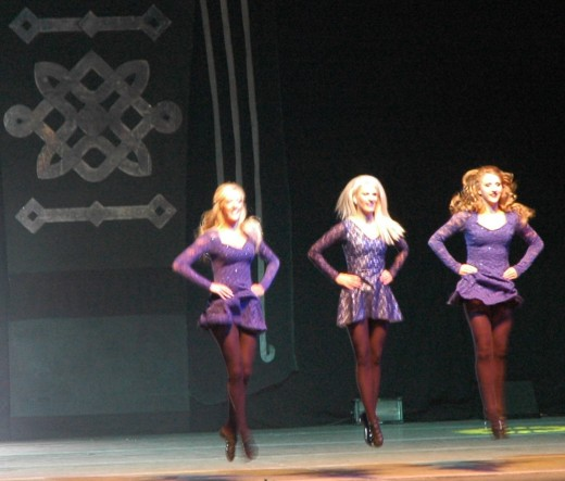 """Lord of the Dance"" show of Michael Flatley, part 1 ""Cry Of The Celts"" with dancing girls."