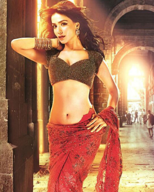 Pakistani beauty Humaima Malik, the lead actress of the film will be seen opposite Emraan Hashmi in Kunal Deshmukh's film, Raja Natwarlal.Bollywood on Biscoot Showtym : http://www.biscoot.com/showtym