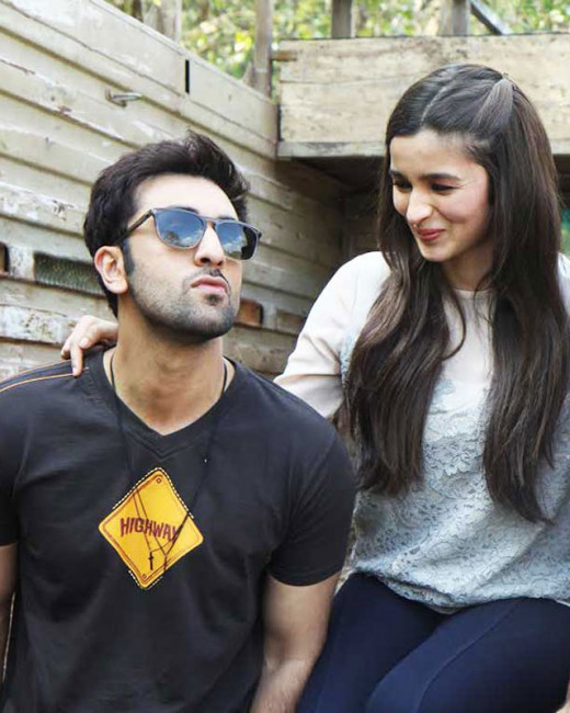 After Imtiaz Ali, successful director Ayan Mukerji is now keen on working with Alia Bhatt.Bollywood on Biscoot Showtym : http://www.biscoot.com/showtym