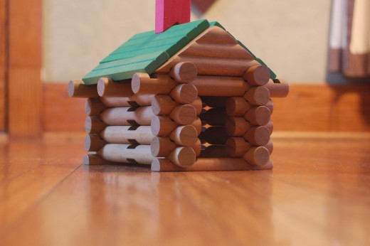 Build with Lincoln Logs
