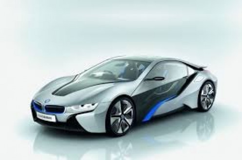 The 2014 model BMW I8 is a beautiful rots car that turns heads with its looks and performance.