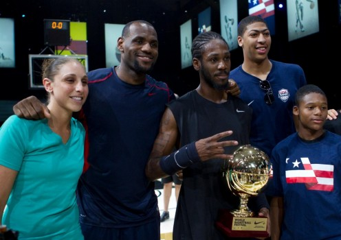 "Justin ""Jus Fly"" Darlington winning the Nike World Dunk Contest with judges Diana Taurasi, Lebron James, and Anthony Davis"