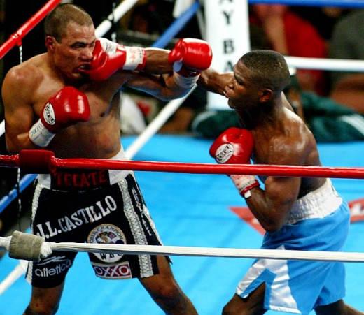 Floyd Mayweather beat Jose Luis Castillo by close decision to win the lightweight championship and then dominated Castillo in the  rematch.