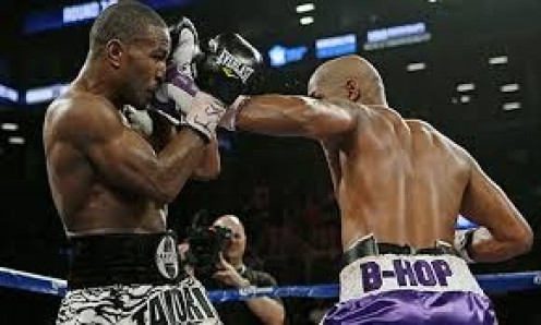 Bernard Hopkins won the light heavyweight title for a third time and at 48 broke his own record  and became the oldest champion in boxing .history again by out boxing and out fighting Tavoris Cloud.