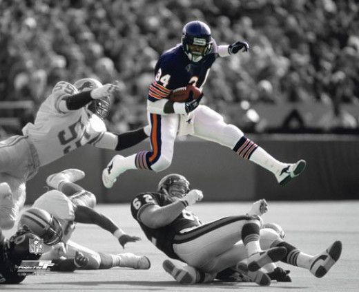 Walter Payton - Chicago Bears Spotlight Action Glossy Photograph Photo Print
