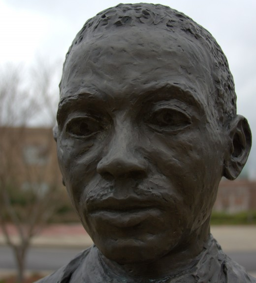 Sculpture commemorating James Meredith's 1962 admission into Ole Miss at the university of Mississippi.
