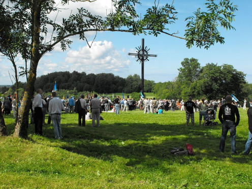 2009 gathering in Sinimae, Estonia. Memorial service on the 65th anniversary of the battles on the Sinimäed hills in 1944, where a number of veterans attended including including members of the W:20th Waffen Grenadier Division of the SS (1st Estonia