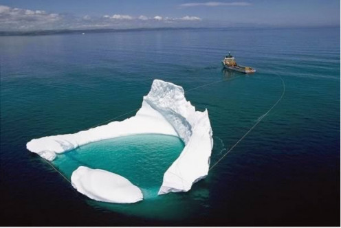 Iceberg Moving