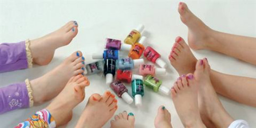 Paint each other's nails