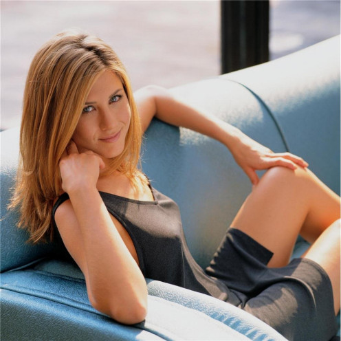 ennifer Aniston Poster by Silk Printing # Size about (35cm x 35cm, 14inch x 14inch) # Unique Gift # 034D8A