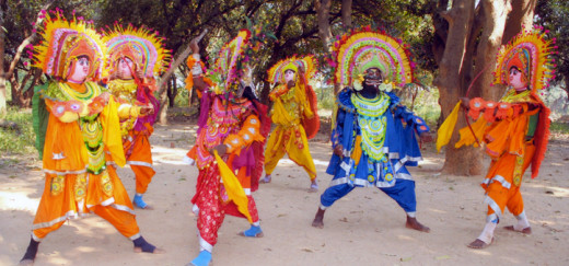 The famous CHHAU dance form of Purulia