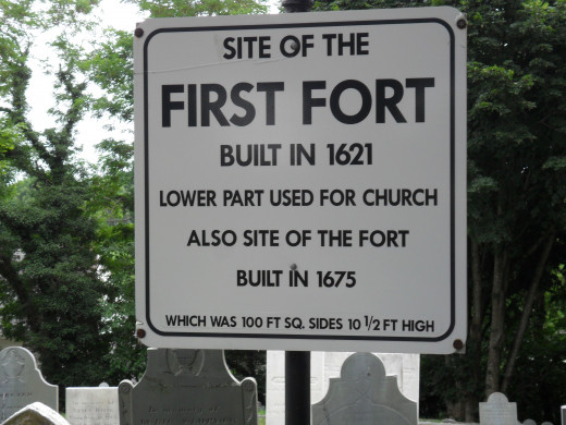 Marker to show the site of the first fort used for church services and town meetings