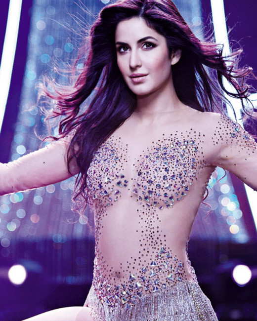 Rumours has it that Katrina Kaif is giving a tough time to the stylist of her film Phantom in London.Visti Biscoot Showtym for more.