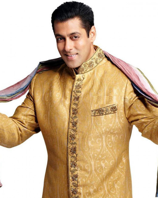 Salman Khan's marriage has almost become a national issue, with everyone from his filmy friends to his fans urging him to tie the knot.Visit Biscoot Showtym for Bollywood News