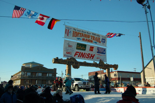 The annual Iditarod Trail Sled Dog Race, which finishes in Nome, commemorates the 1925 serum run.