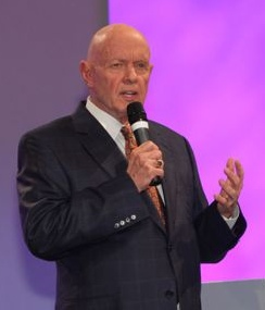 Stephen Covey  at the FMI Show, Palestrante on June 22, 2010