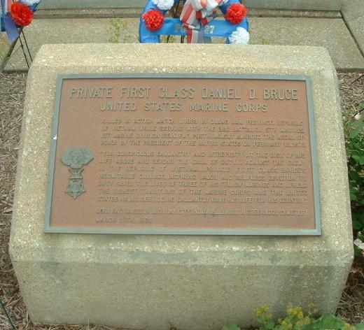 Memorial to Daniel Bruce