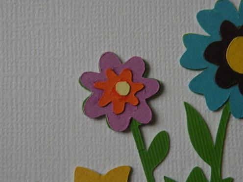 Adhere small daisy dot