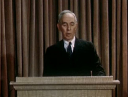Company president Leroy A. Lincoln presents a report on the business operations of the Metropolitan Life Insurance Company (now known as MetLife)., 1947