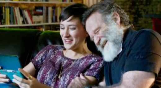 Zelda Williams and her Dad, Robin Williams. I love that picture. Too bad, there was no pic with him and the boys or all together.