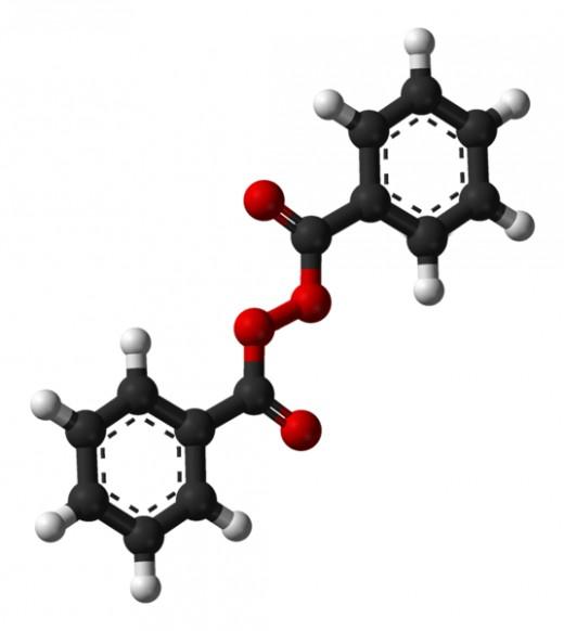 Model of benzoyl peroxide molecule.
