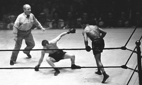 Armstrong was barely ahead after six rounds but in the seventh he hurt Ambers and then finished him with a four punch combo that was powerful as can be.