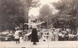 Breathing exercises at Battle Creek Sanitarium (c. 1900). Postcard of Battle Creek Sanitorium, Breathing Exercises, circa 1900
