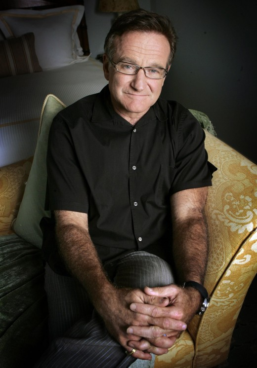 "Actor and comedian Robin Williams poses during a press tour promoting his new movie ""License To Wed"" in Santa Monica, Calif., June 15, 2007."