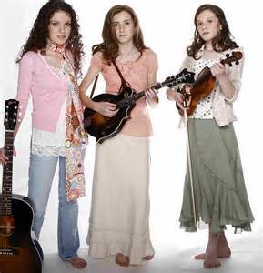 Leah Pensall and sisters