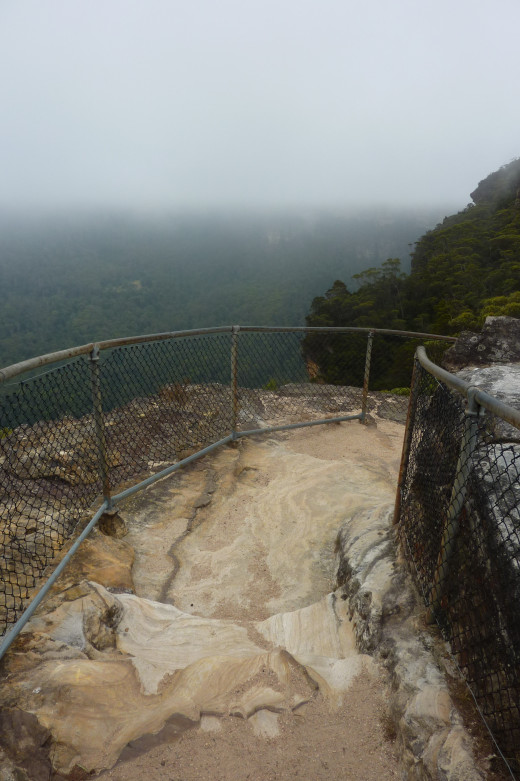 The path to the lookout - uneven surfaces but generally an easy walk.